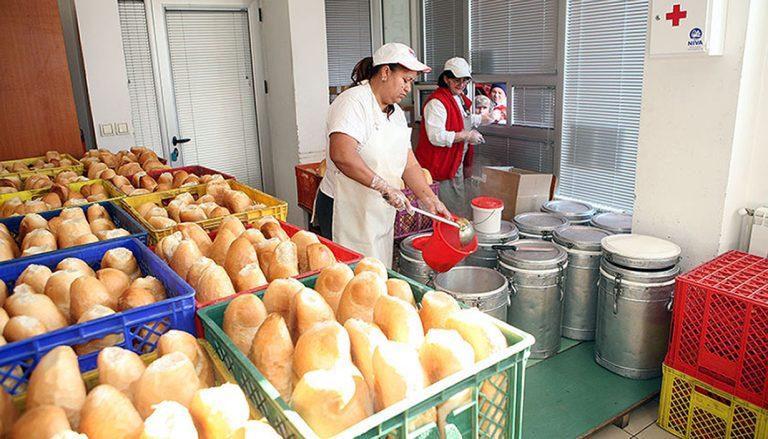 Народна кухиња поново Црвеном крсту