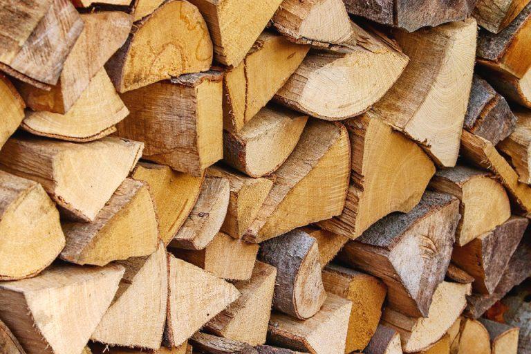 Јефтинија дрва и гас и даље најповољнија опција